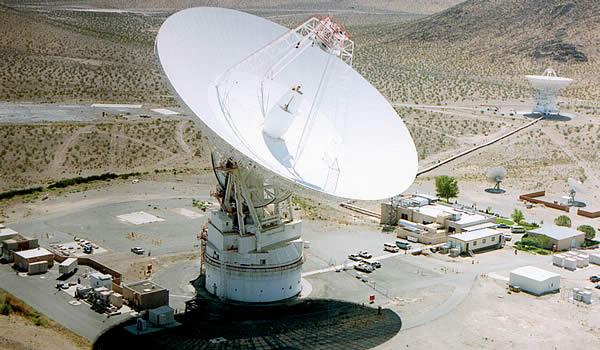 70m and 34m Antennas