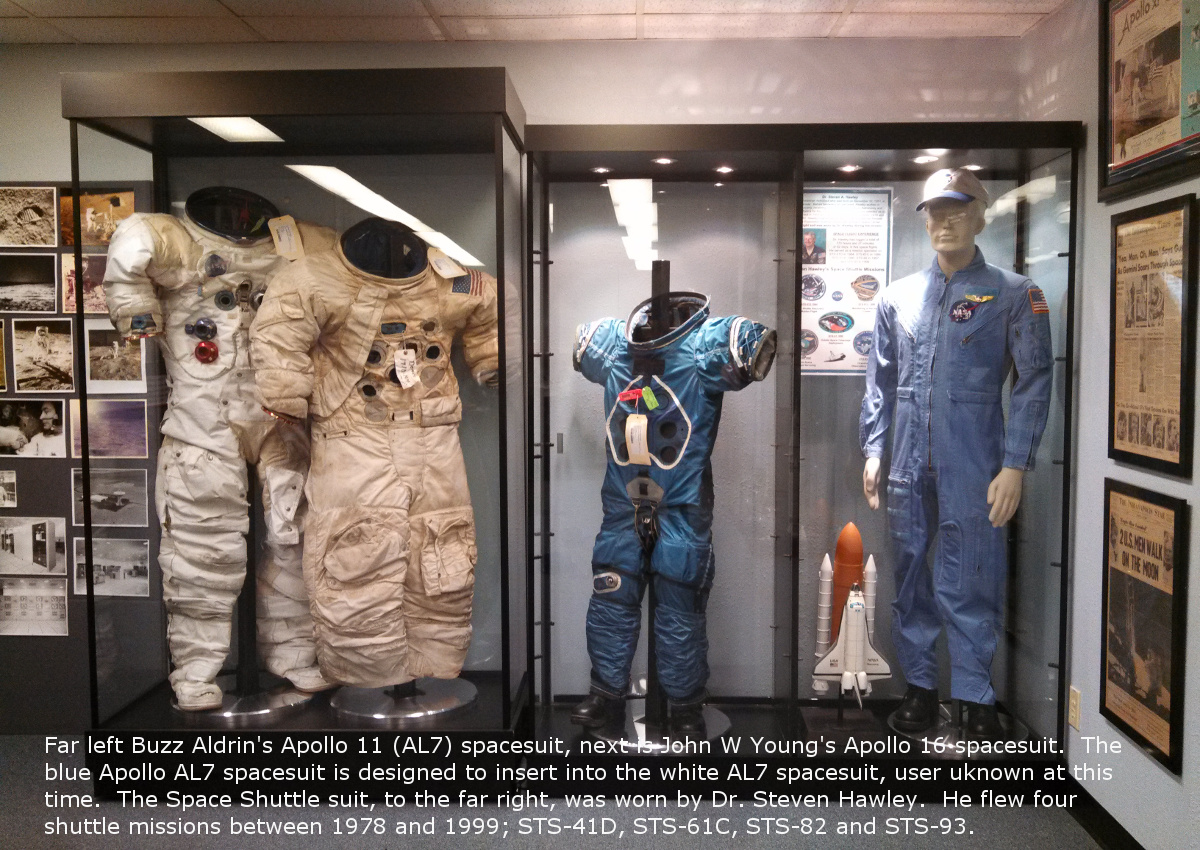 spacesuits2